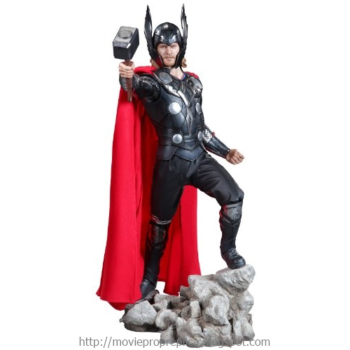 Thor: Thor Premium Format Figure - 1/4th Scale Statue (Chris Hemsworth)