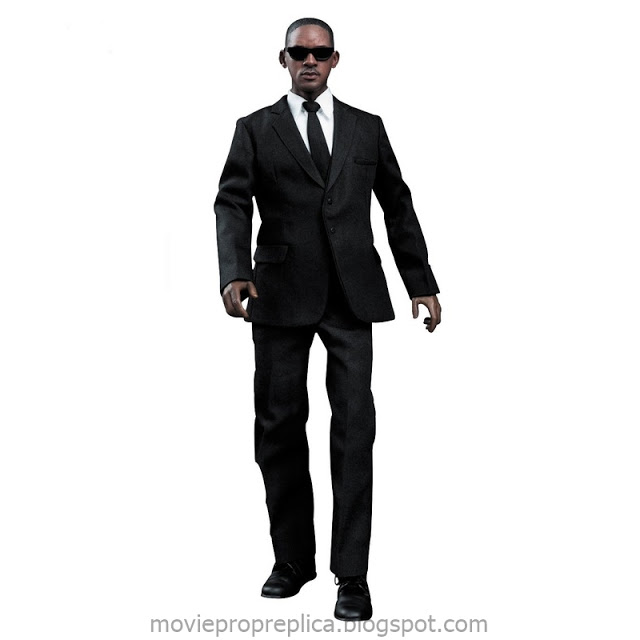 MIB - Men in Black III: Agent J 12-inch Collectible Figure (Will Smith)