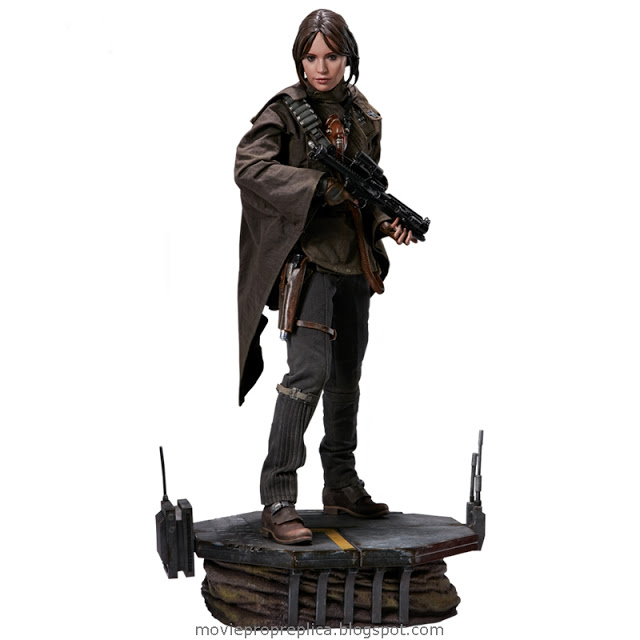 Rogue One: A Star Wars Story: Jyn Erso Premium Format Figure -Statue (Felicity Jones)