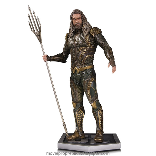 Justice League: Arthur Curry / Aquaman 12 inches Statue (Jason Momoa)