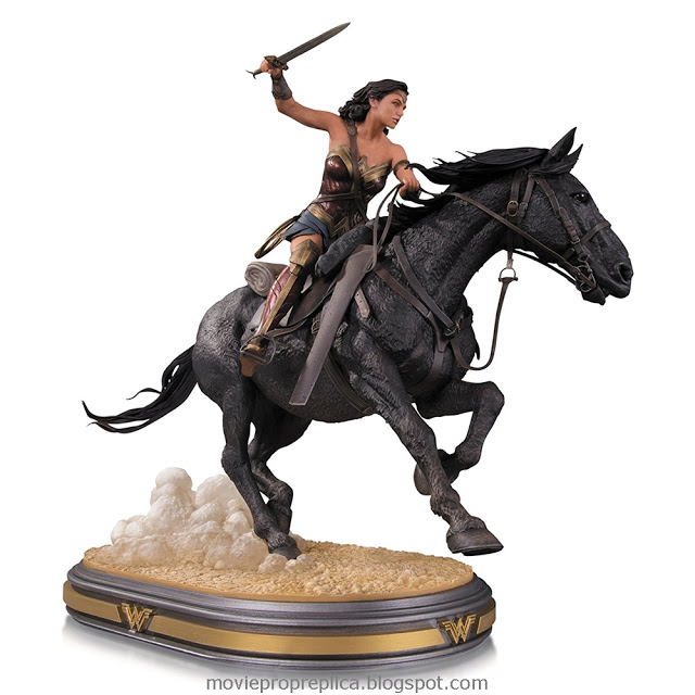 Wonder Woman 2017: Wonder Woman on horseback Deluxe 12 inches Statue (Gal Gadot)