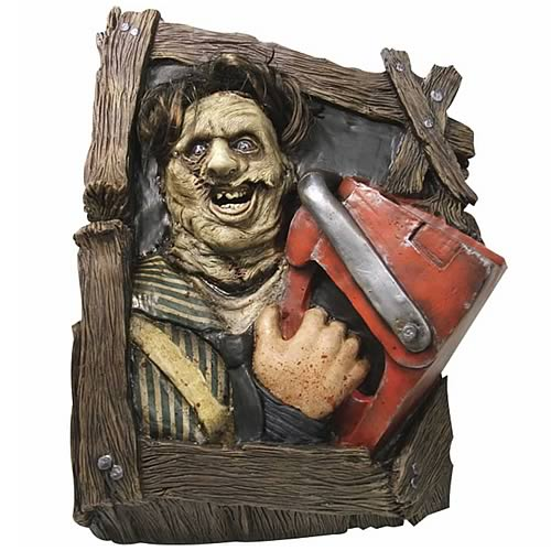 Texas Chainsaw Massacre Leatherface Wallbreaker