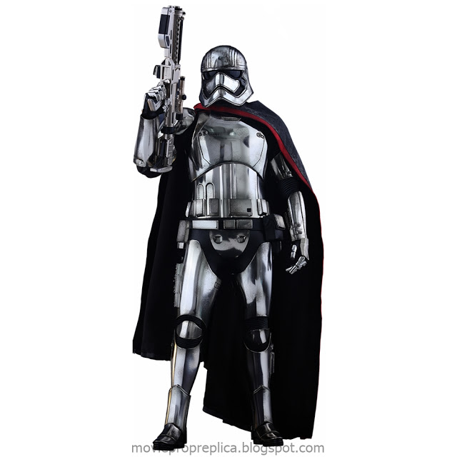 Star Wars: The Force Awakens: Captain Phasma 1/6th Scale Figure