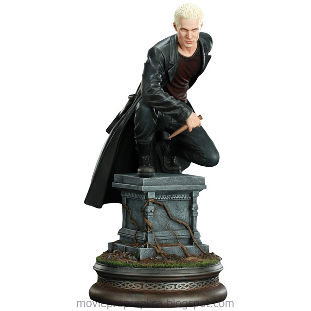 Buffy the Vampire Slayer (TV Series): Spike Statue (James Marsters)