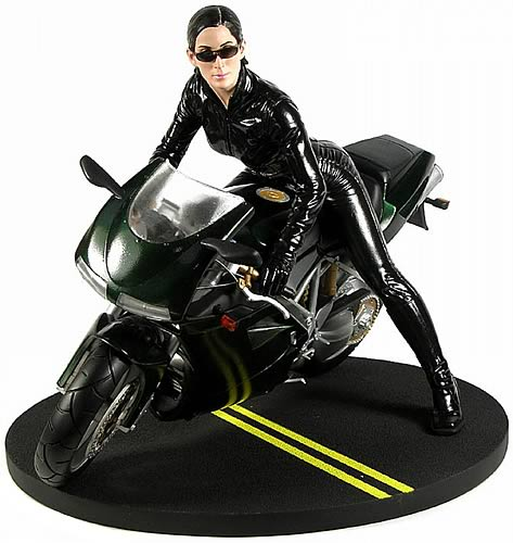 Matrix Reloaded: Trinity Statue (Carrie-Anne Moss)