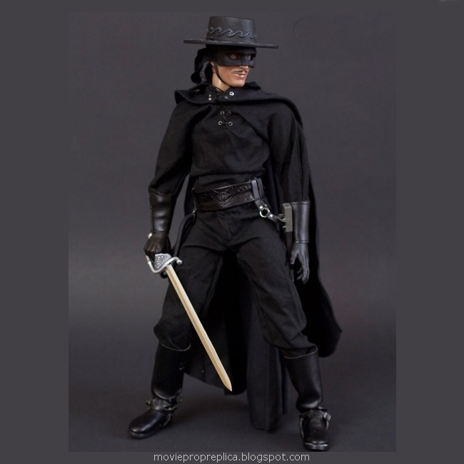 Zorro Deluxe 1/6th Scale Figure (Antonio Banderas)